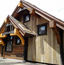 Golden Age Drive – Reclaimed Siding